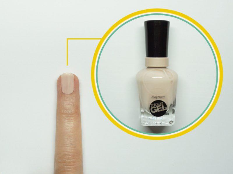 nail-art-righe-step1