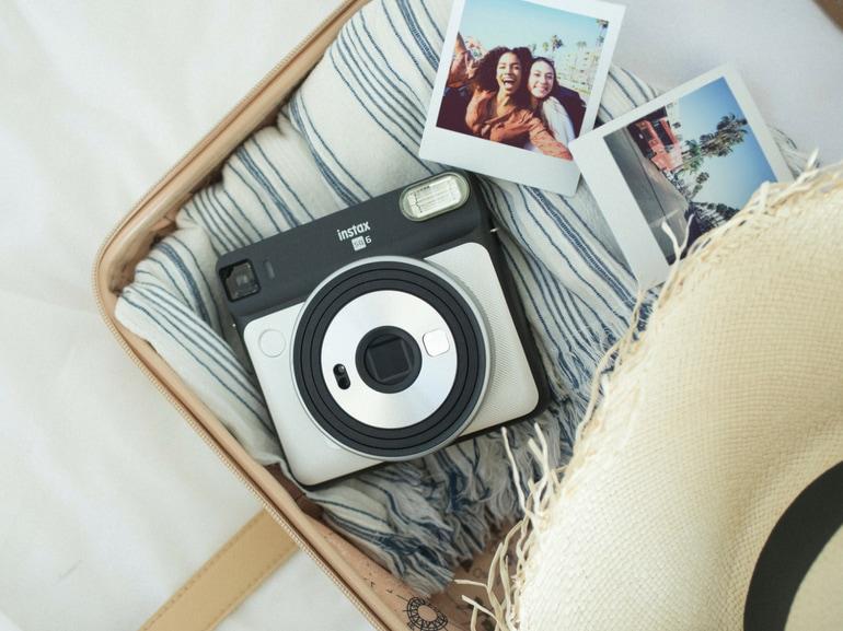 nuova Instax SQUARE SQ6 by Fujifilm analogica e nel super versatile formato square (2)
