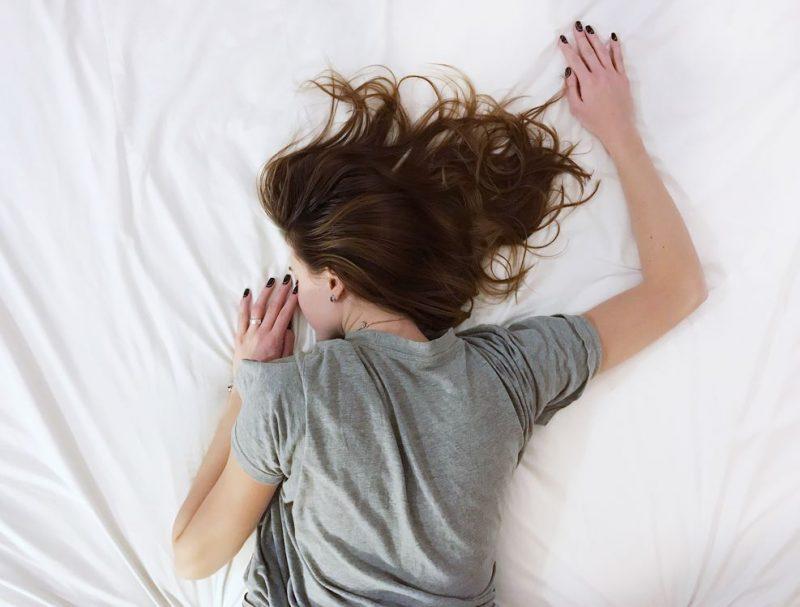 sonno dormire letto