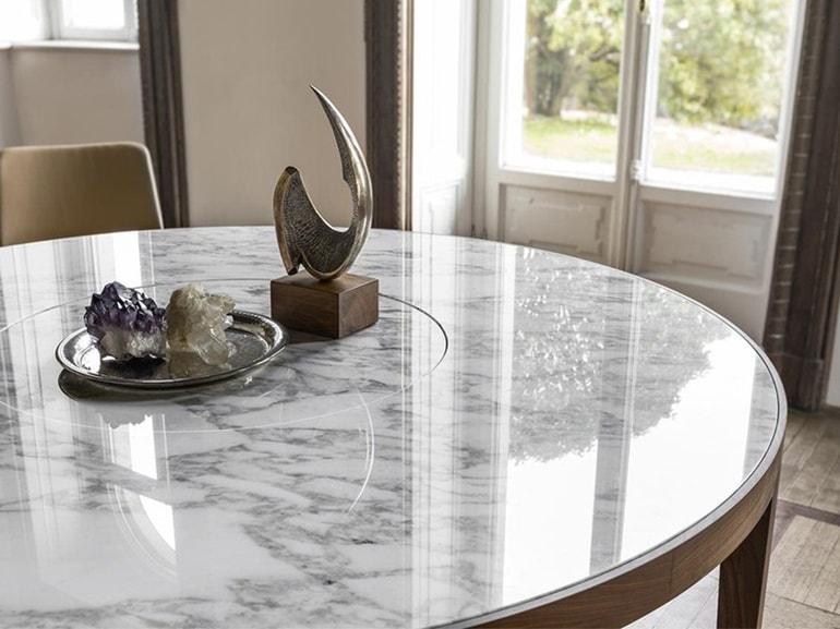 7 buoni motivi per scegliere un tavolo in marmo for Tavolo effetto marmo