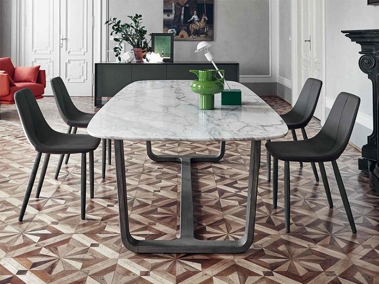 7 buoni motivi per scegliere un tavolo in marmo for Tavolo marmo design