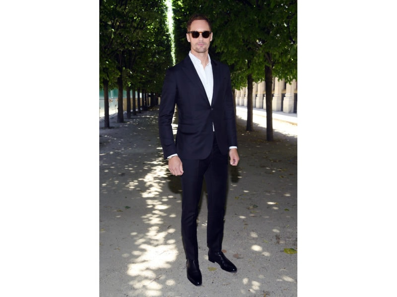 Alexander-Skarsgard-attends-the-Louis-Vuitton