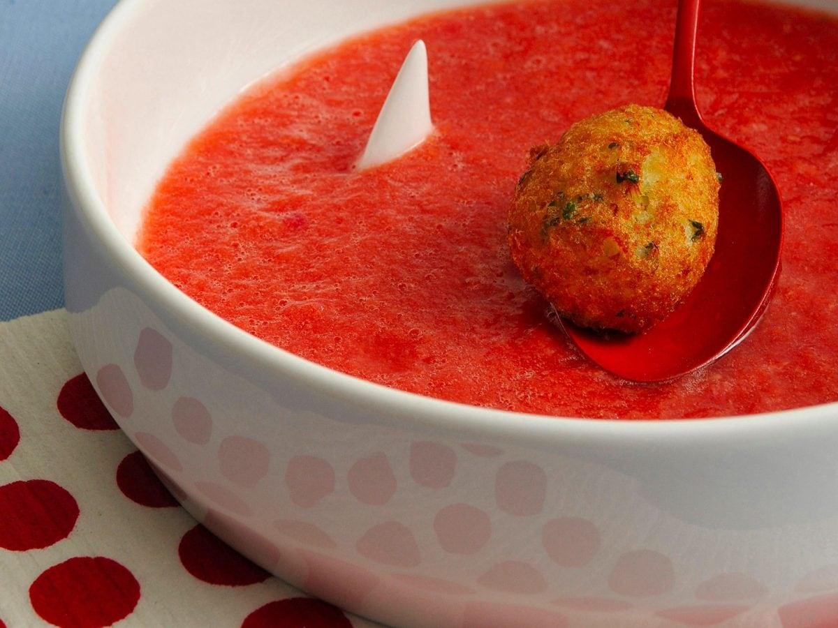 Gazpacho al pomodoro con polpette di pesce(1)