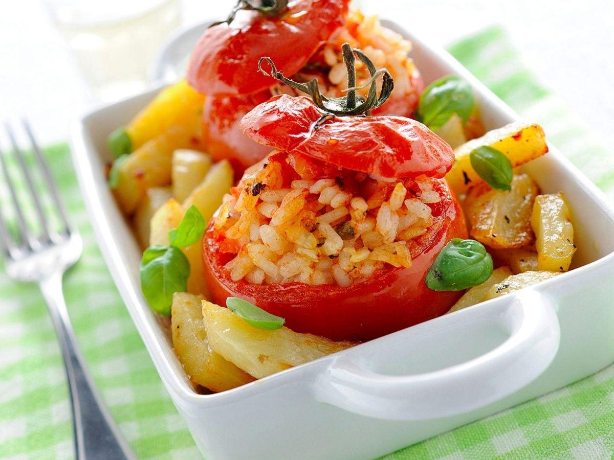 Pomodori ripieni con riso e carne