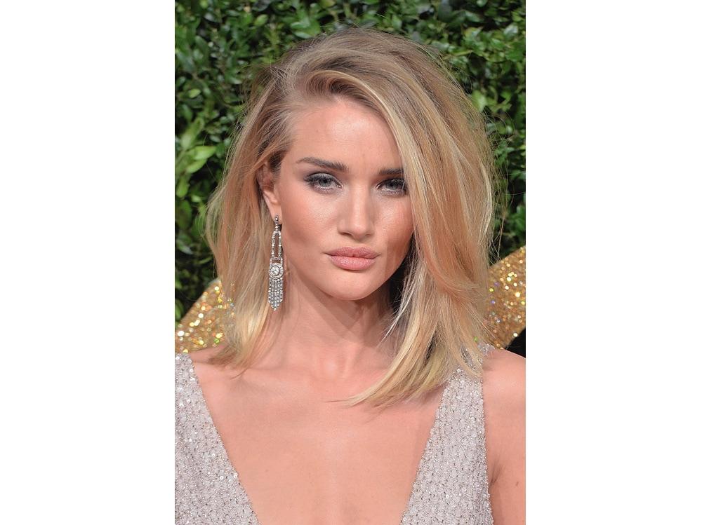 Rosie-Huntington-Whiteley vbeauty look make up capelli (2)