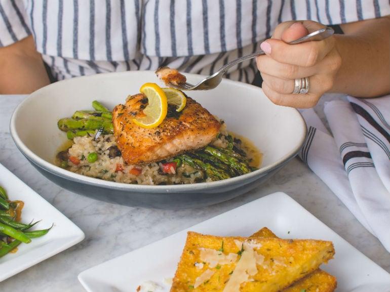 Salmone piatto pesce ( mobile)