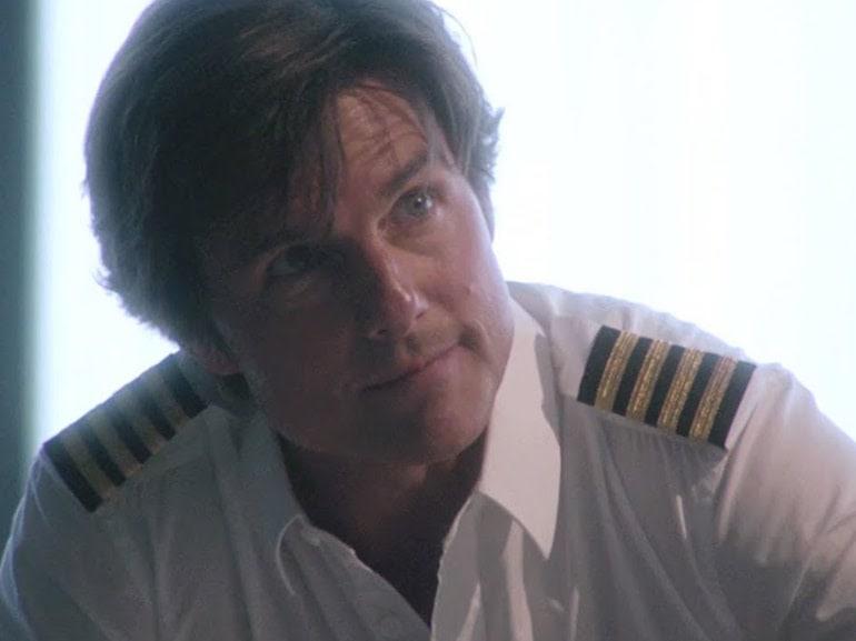 Tom Cruise pilota