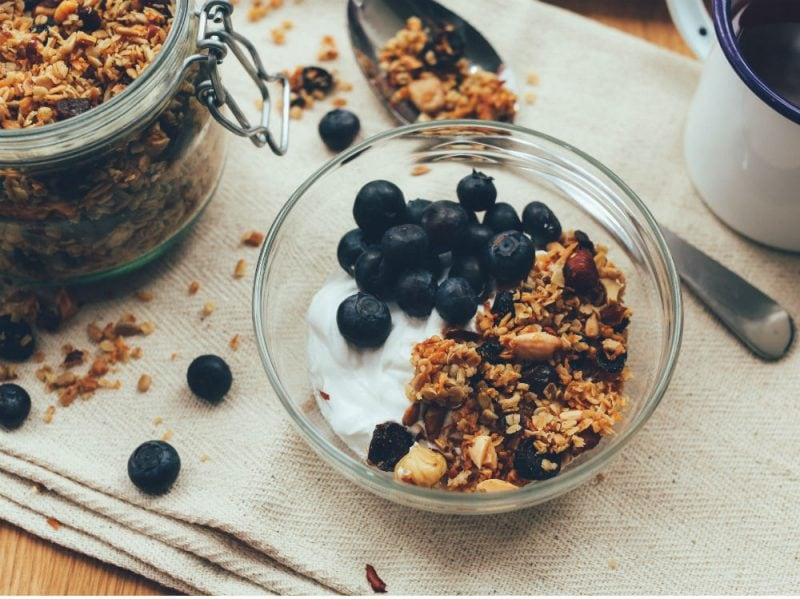 Yogurt cereali integrali bowl