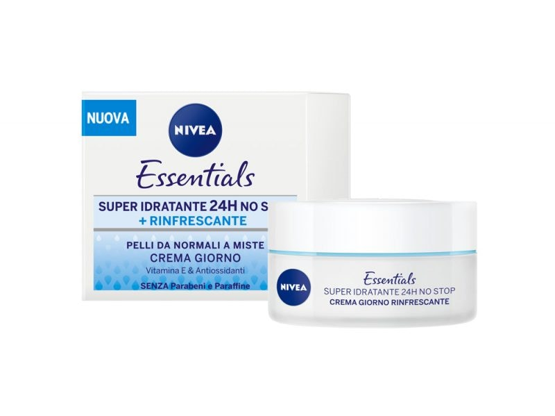 acqua-lingrediente-segreto-per-un-viso-sempre-luminoso-nivea essentials rinfrescante 3