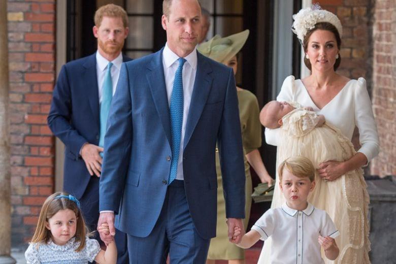 Finalmente abbiamo rivisto il principe Louis, il terzo Royal Baby: ecco le foto del battesimo