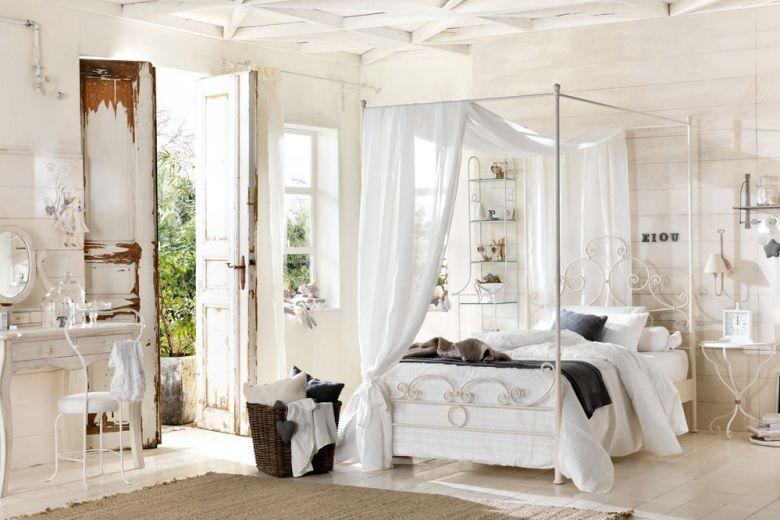 8 buoni motivi per scegliere un letto a baldacchino