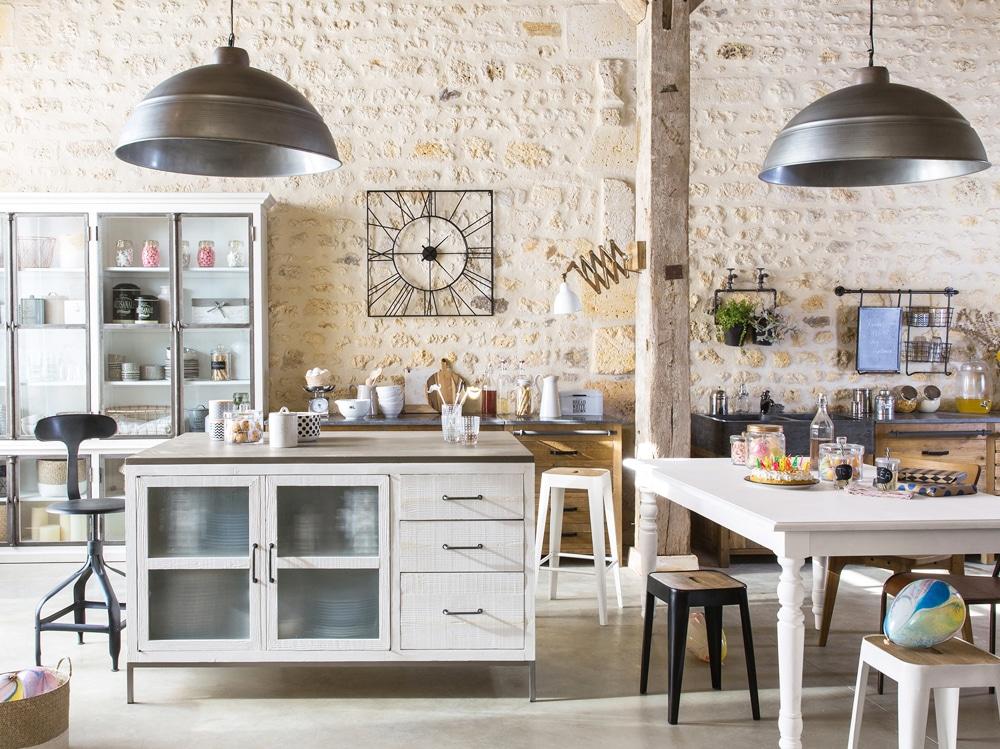 Come arredare in stile rustico senza commettere errori for Arredare casa stile elegante