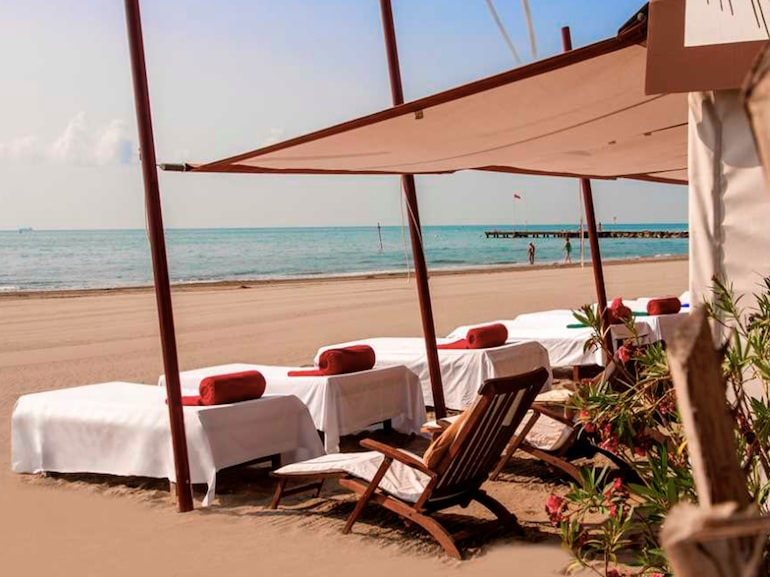 excelsior venezia beach club