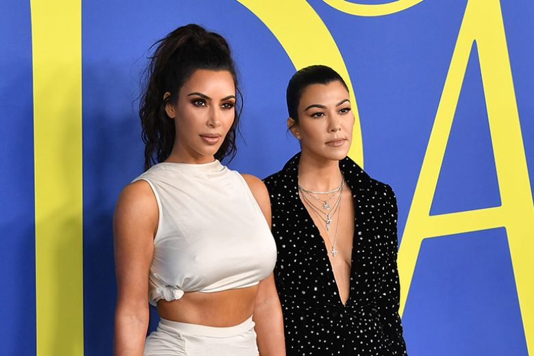 Vita stretta, pancia piatta e glutei tondi con gli esercizi delle Kardashian
