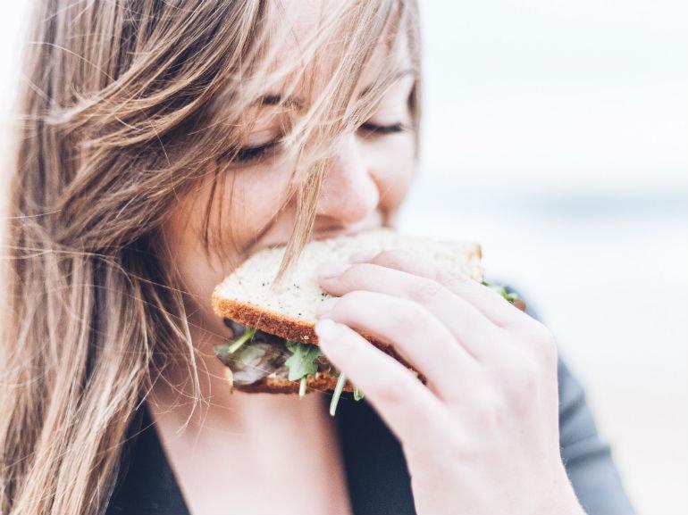 mangiare rabbia donna che mangia (Mobile)
