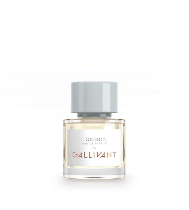 beauty-case-per-londra-16-prodotti-e-lindirizzo-da-avere-con-se-London Bottle_preview
