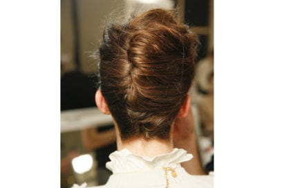 capelli-in-estate-le-acconciature-facili-da-provare-in-spiaggia-Giorgio-Armani-Prive_bst_HC_S18_PA_011_2842795