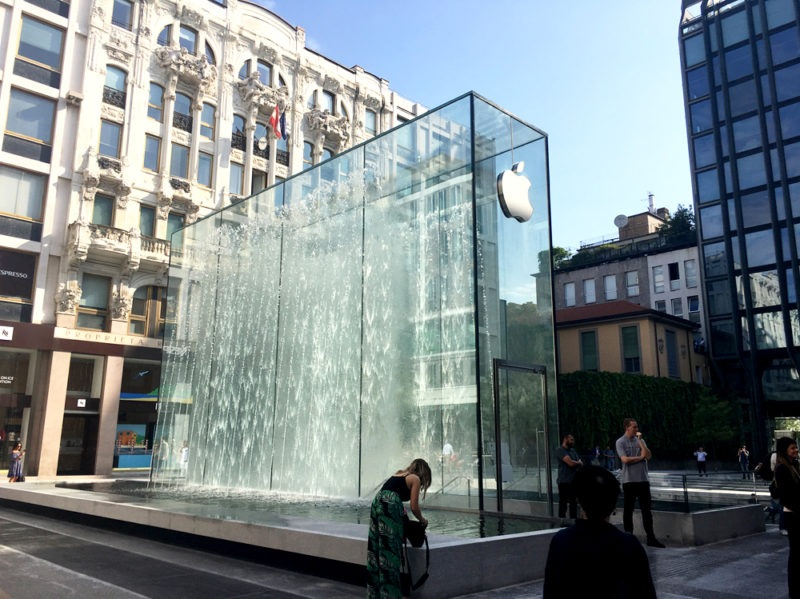 cover-apple-store-piazza-liberty-milano-mobile