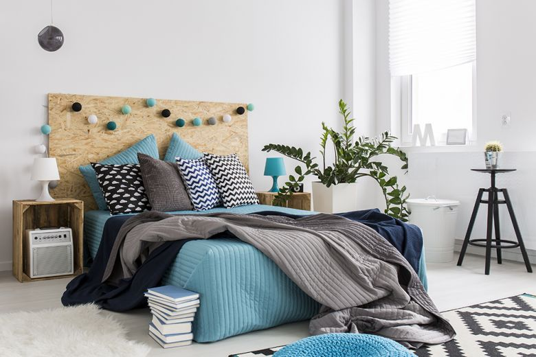 10 idee originali per rinnovare la parete dietro al letto