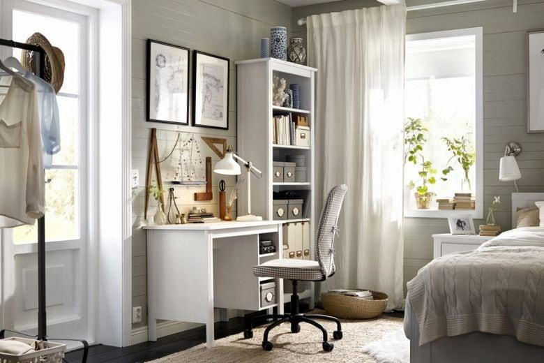 Scrivania IKEA: 8 modelli perfetti per l'ufficio casalingo