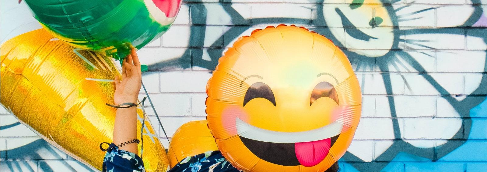 emoji hero grande