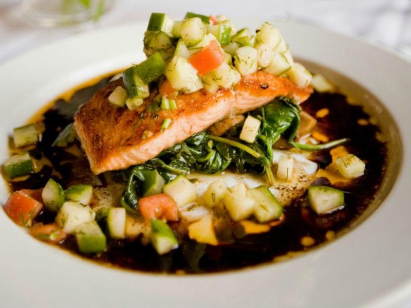 pesce salmone