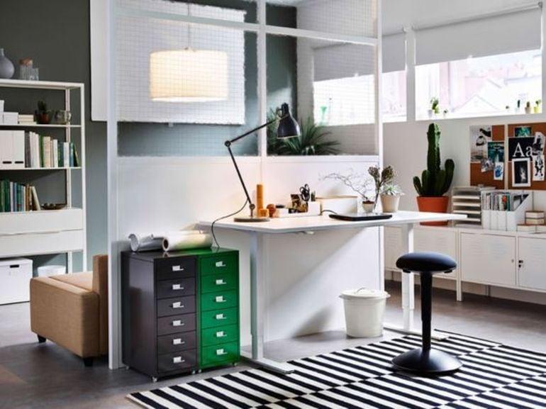 Scrivania ikea modelli perfetti per l ufficio casalingo
