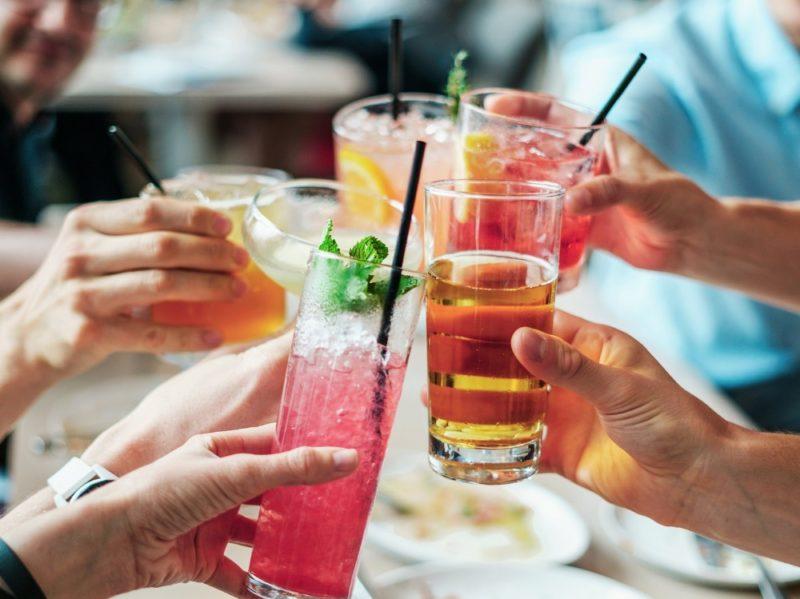 mal di testa alcolici