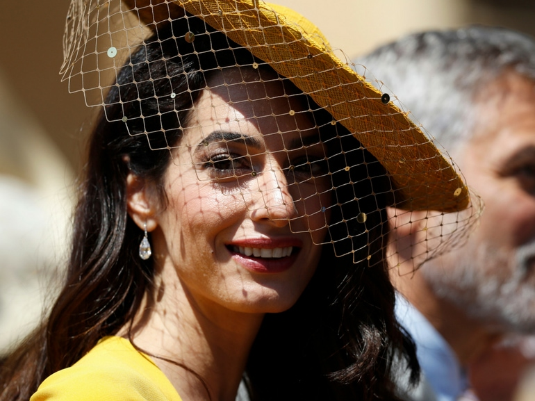 amal clooney beauty look mobile