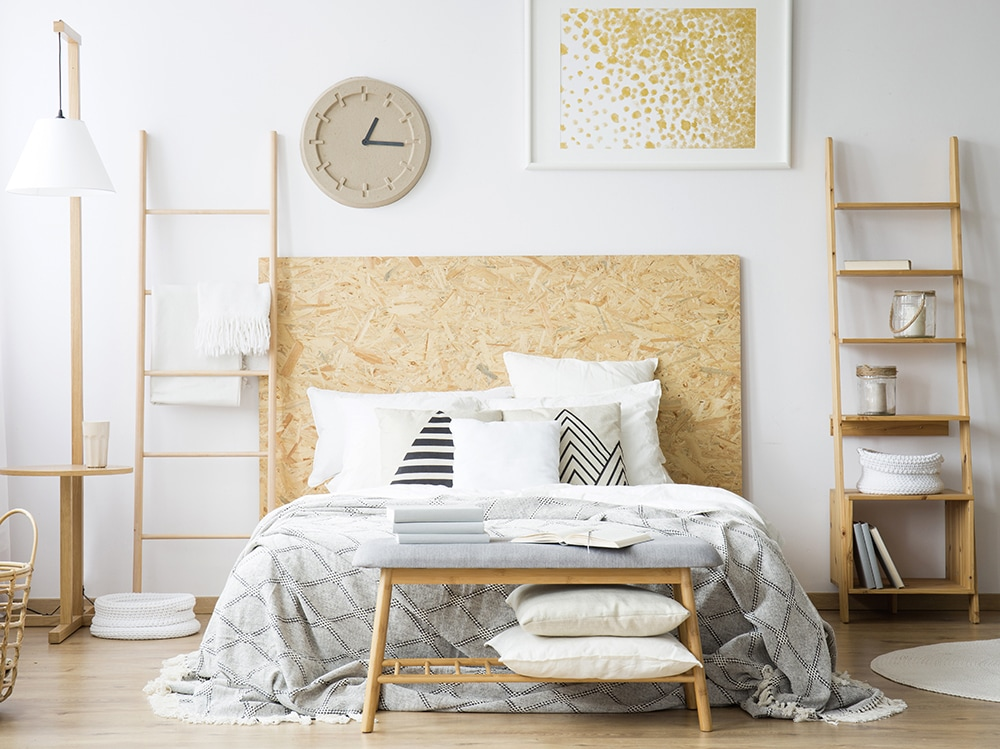 8 idee creative per arredare una camera da letto piccola for Arredare una camera piccolissima