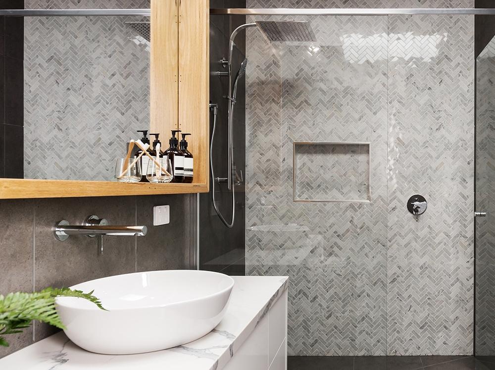 Piastrelle in bagno sì o no idee creative che vi convinceranno