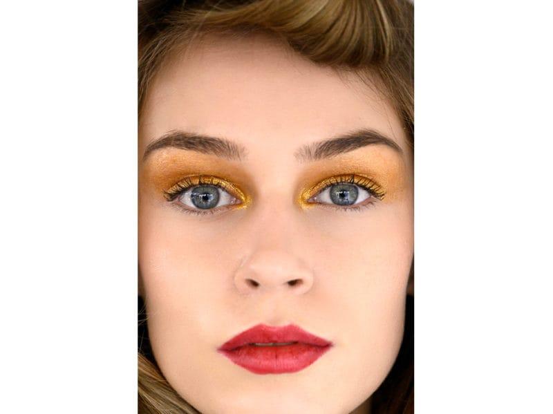 trucco occhi colorato autunno inverno 2018 2019 (8)
