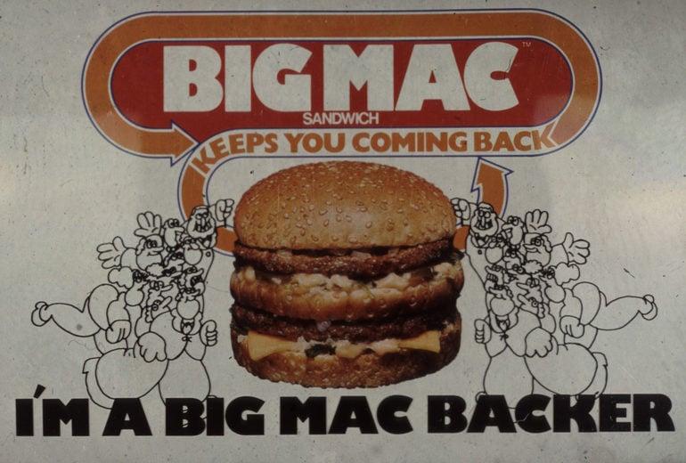 10 cose che non sapete sul Big Mac (tipo che è un'unità di misura del denaro)