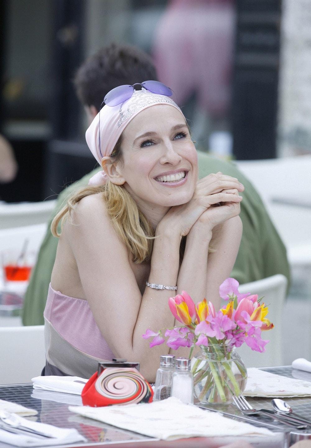 Carrie Bradshaw felice