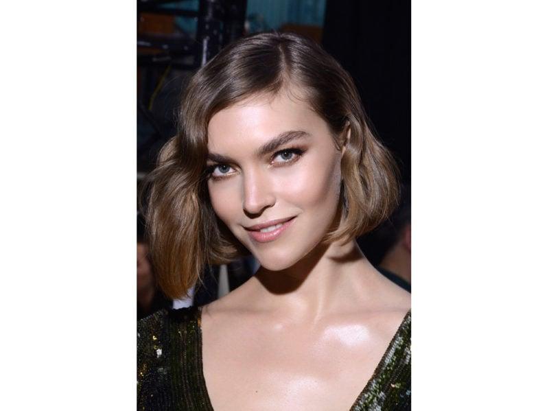 capelli a onde tendenza wavy hair autunno inverno 2018 2019 (3)