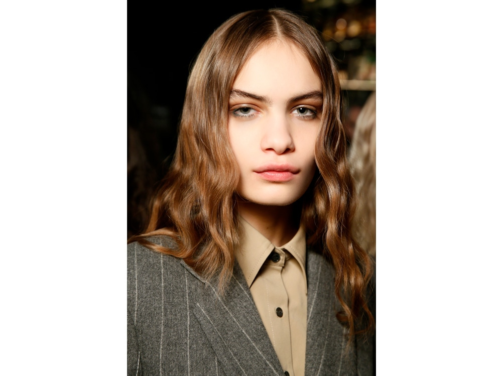 capelli a onde tendenza wavy hair autunno inverno 2018 2019 (9)