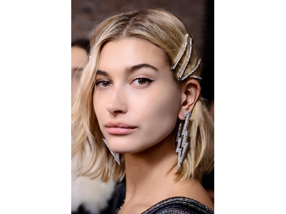 capelli caschetto mosso autunno inverno 2018 2019 (6)
