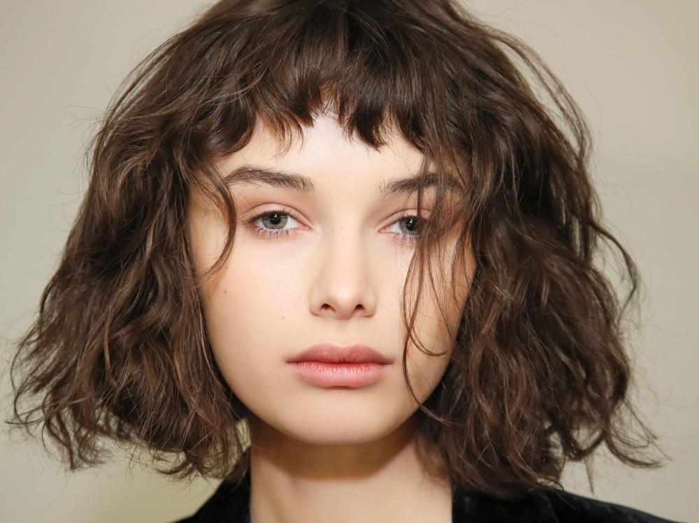 capelli caschetto mosso autunno inverno 2018 2019 (9)