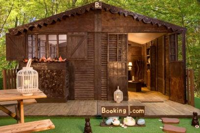 Vi piacerebbe dormire in una casa di cioccolato? Ora si può