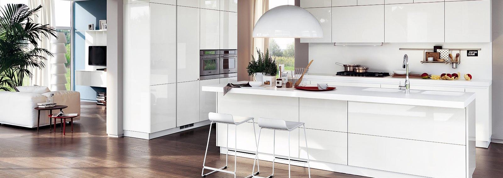 cover-ravvivare-cucina-bianca-desktop