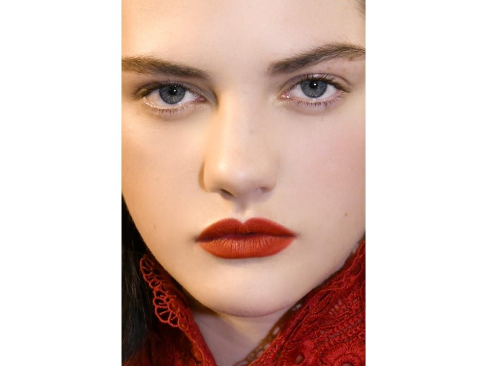 labbra rosse tendenza make up autunno inverno 2018 2019 (5)