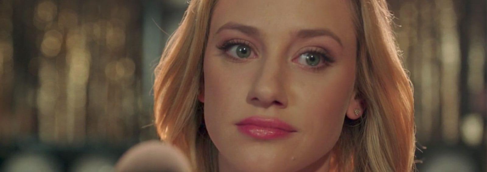 lily-reinhart-make-up-desktop