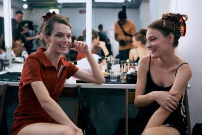 marco-de-vincenzo-primavera-estate-2019-beauty-look-make-up-mac-capelli-tigi-08
