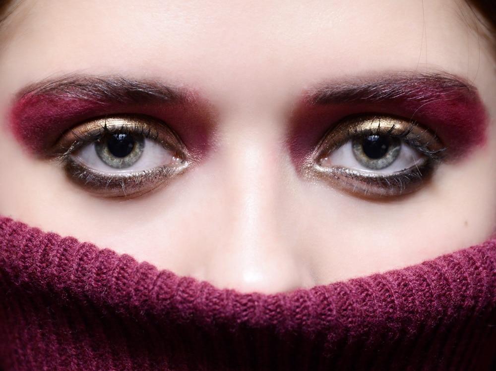 metal eyes trucco occhi metallico autunno inverno 2018 2019 (6)