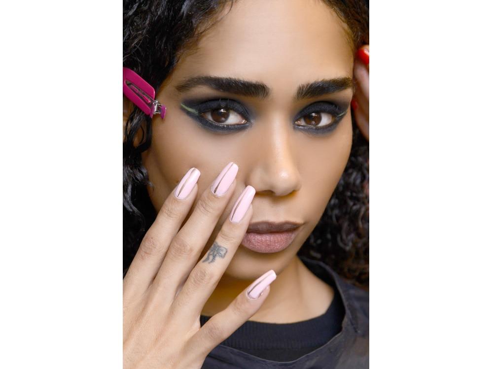 nail art autunno inverno 2018 2019 ispirazione foto dalle passerelle sfilate di moda (3)
