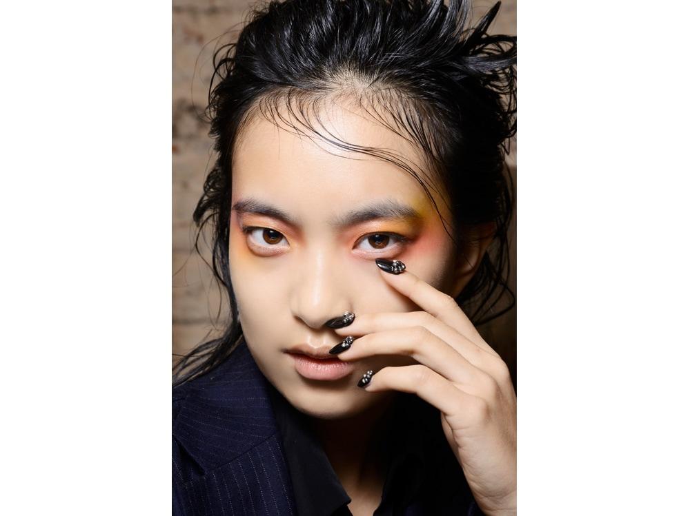 nail art autunno inverno 2018 2019 ispirazione foto dalle passerelle sfilate di moda (7)
