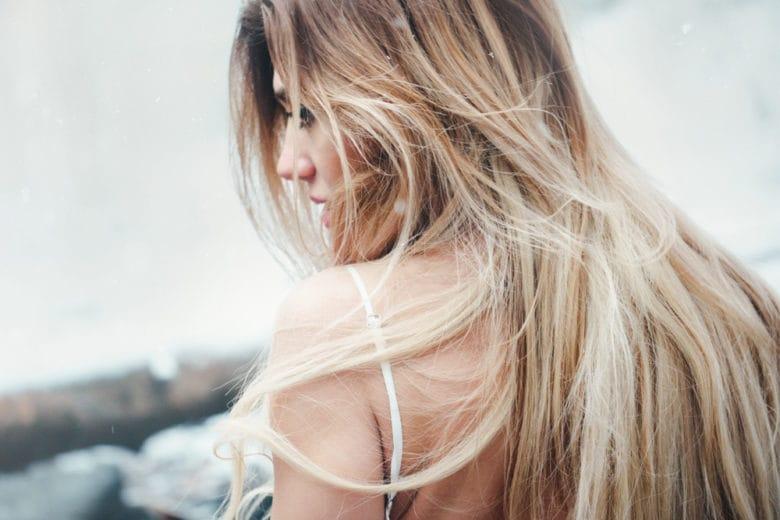 Coconut toasted hair: i nuovi capelli biondi, assolutamente da provare