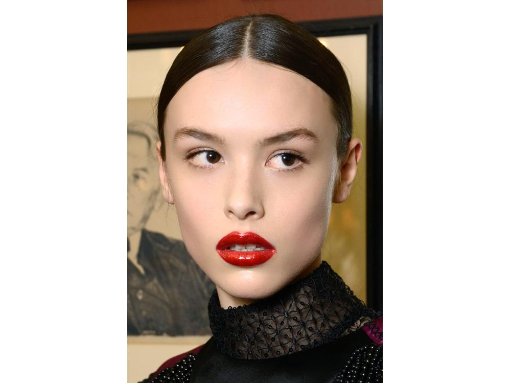 trucco rosso tendenza make up autunno inverno 2018 2019 (11)