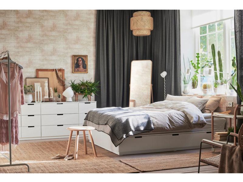 Specchi Con Cornice Ikea.Specchi Ikea 10 Idee Originali Per Decorare La Casa