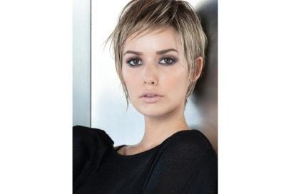 COMPAGNIA DELLA BELLEZZA stile frangia capelli saloni autunno inverno 2018 2019 (1)